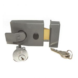 Deadlocking night latch